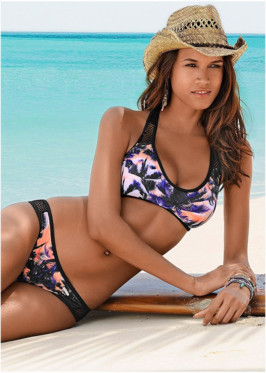 Bikini of the Week, drum roll please…